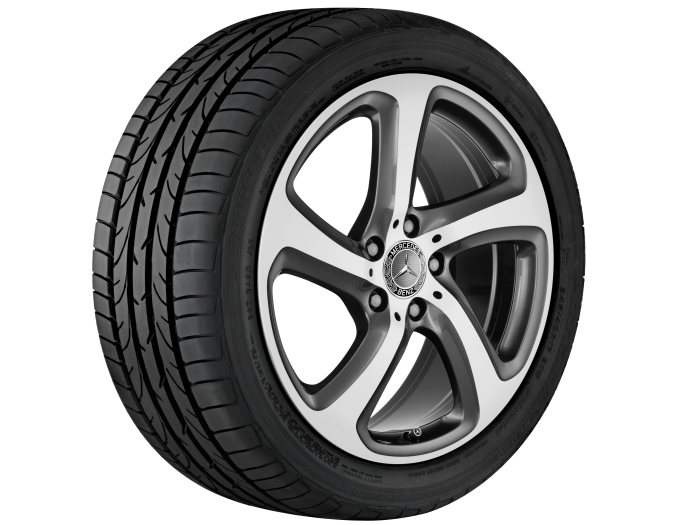 Mercedes-Benz light alloy wheels: 5-spoke wheel, 45.7 cm (18 inch) for the E-Class