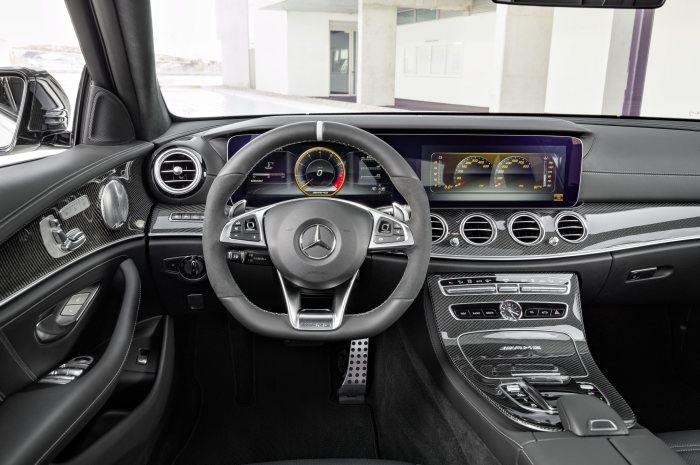Mercedes-AMG E 63 S 4MATIC+ Estate, S 213; diamond white,  Interior: Nappa leather black