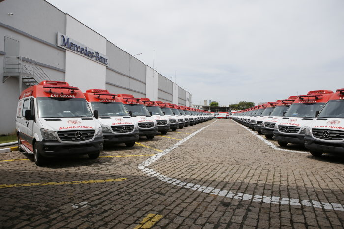 800 Mercedes-Benz Sprinter for brazilian ministry of health