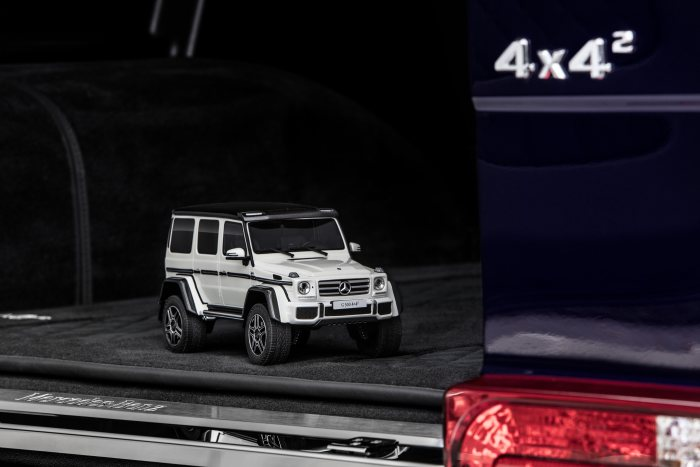 Modellautos: Mercedes-Benz G 500 4x4² diamantweiss