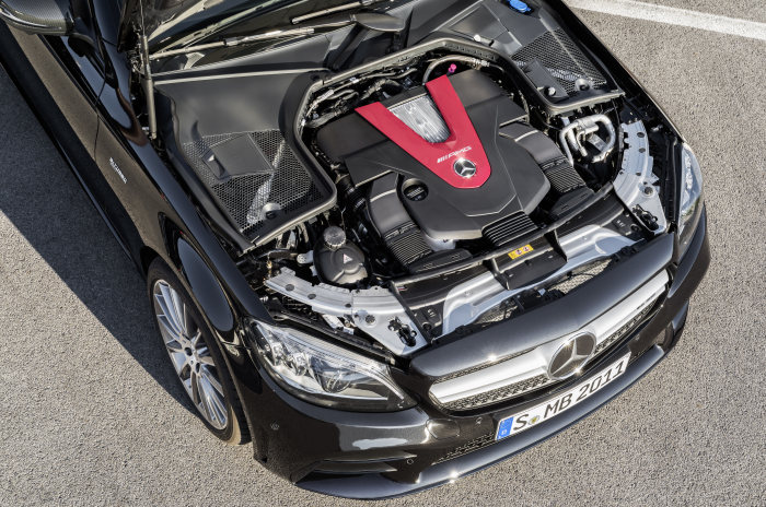Mercedes-AMG C43 4MATIC Sedan, Night package und AMG Carbon-package II, Exterior: Engine compartment, Exterior paint: obsidian black metallic