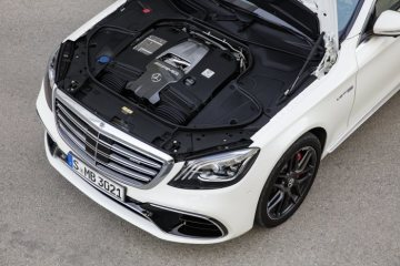 Mercedes-AMG S 63 4MATIC+, AMG 4,0-liter-V8- biturbo engine