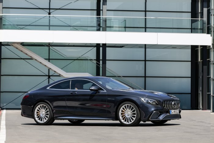 Mercedes-AMG S 65 Coupé, 2017. Exterieur: anthrazitblau metallic
