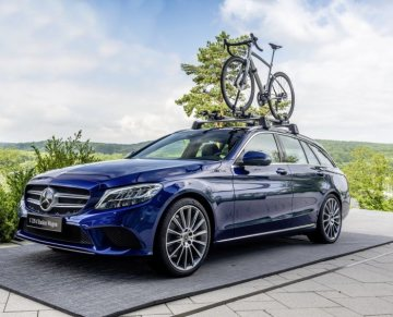 Mercedes-Benz Style Endurance Bike from Argon 18 for Mercedes-Benz; Basis Carrier and Bicycle Carrier new Alu-style; C-Class C 220 D Station Wagon