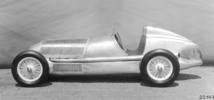 Mercedes-Benz 750-kilogram W 25 racing car, built in 1934. Used for the first time at the International Eifel race on the Nürburgring on 3 June 1934 – the race was won by Mercedes-Benz racing driver Manfred von Brauchitsch.