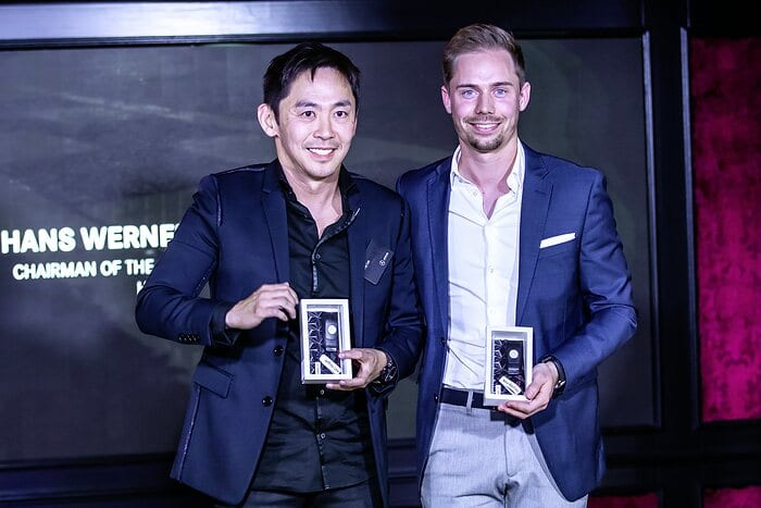 Sieger Mercedes-AMG Customer Racing Championship: Jeffrey Lee (l.,) Nico Bastian