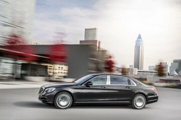 222 model series Mercedes-Benz S-Class (2013 to 2020), Mercedes-Maybach S 600, exterior. Photo from 2014.